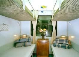 soft-sleeper-4-beds-in-cabin-in-vietnam-train