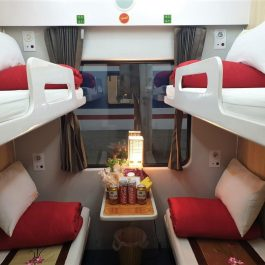 Lotus express train 4 beds in cabin